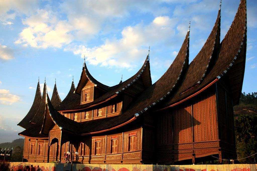 1030+ Gambar Rumah Adat Suku Minangkabau Terbaru