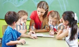 bambini_studenti_libro