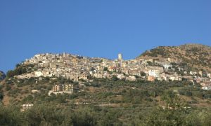 Una panoramica di Castelcivita, foto di Angelo Orlando