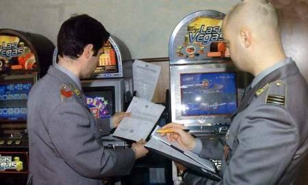 sequestro di videopoker da parte della gdf