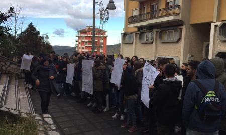 protesta_parmenide