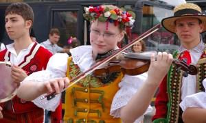 folkinfest