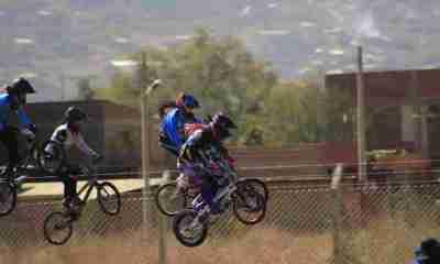 Campeonato Nacional de bicicross en el Circuito Municipal Tamborada de Cochabamba