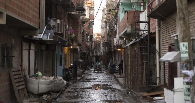 En los barrios populares la desocupación ya llega al 25%