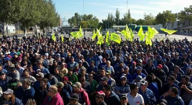 """""""La industria nacional está siendo amenazada por las políticas de Macri"""""""