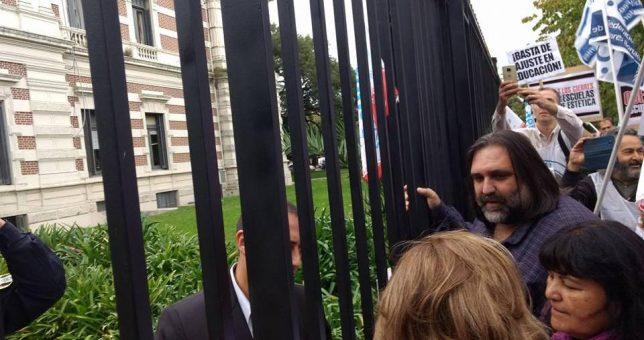 Baradel le había entregado un mes antes a Vidal un informe con los problemas en la escuela de Moreno