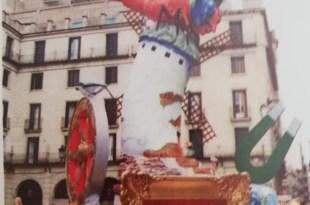 hoguera plaza del ayuntamiento alicante 1981 historia recuerdos oficial andres martorell