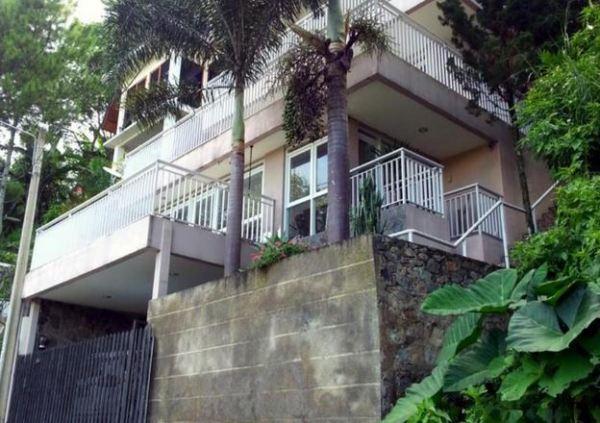 Villa D14 Dago Bandung