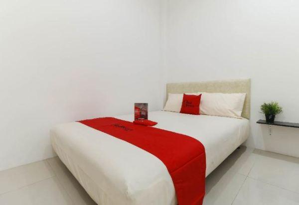 RedDoorz Plus @ Kapuk Business Park Jakarta