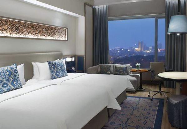 Hotel Bintang 5 Terbaik di Surabaya
