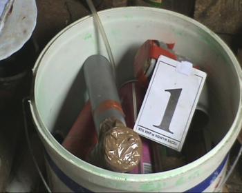 Muszyna: 20-latek zatrzymany przez CBŚ za konstruowanie bomb