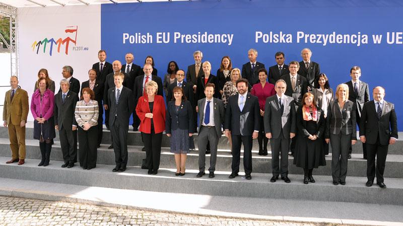 Prezydencja UE: Równe szanse kobiet i mężczyzn na rynku pracy