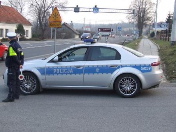 radiowóz_policja.Kontrola Drogowa. Fot. małopolska Policja