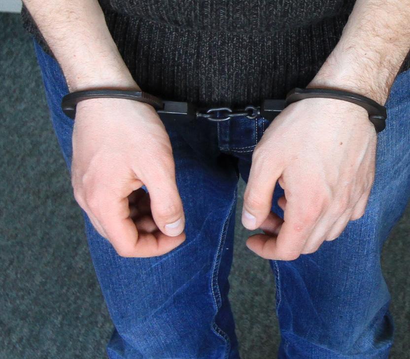 Oszust maturalny w rękach policji: Oferował do sprzedaży wymyślone pytania egzaminacyjne