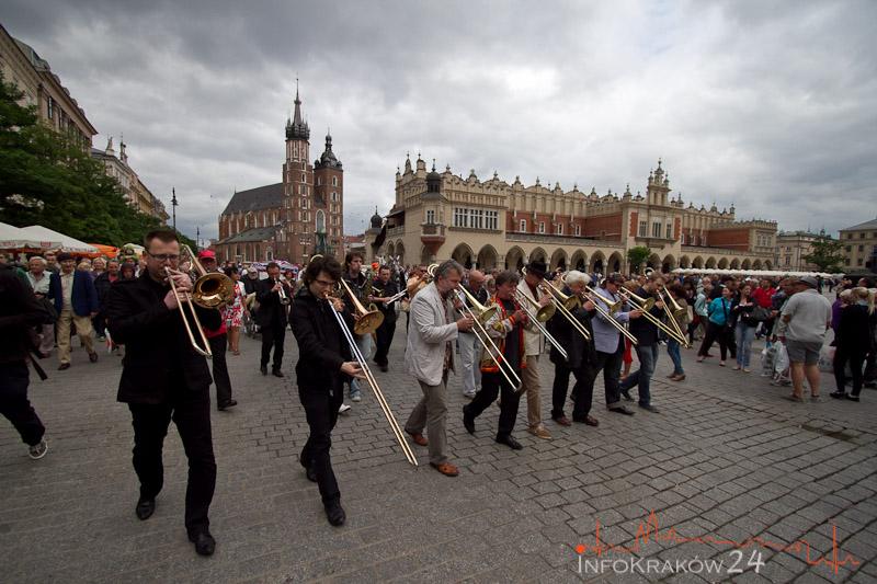 Parada Nowoorleańska w Krakowie [ zdjęcia ]