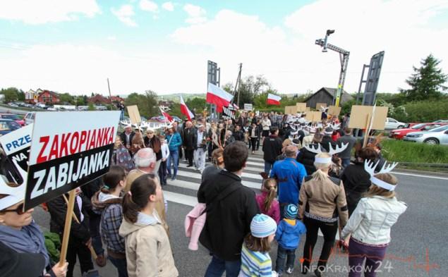 Protest mieszkańców Mogilan. Fot. Jan Graczyński / INFO Kraków24