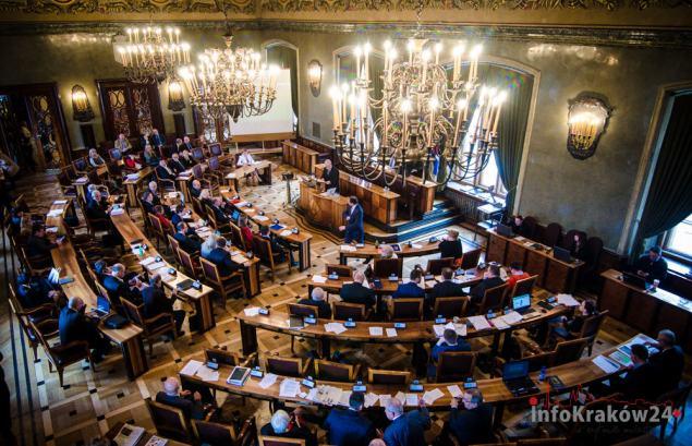 Sesja Rady Miasta Krakowa. Fot. Bogusław Świerzowski / INFO Kraków24