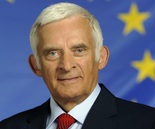 Jerzy Buzek. Official photo PE