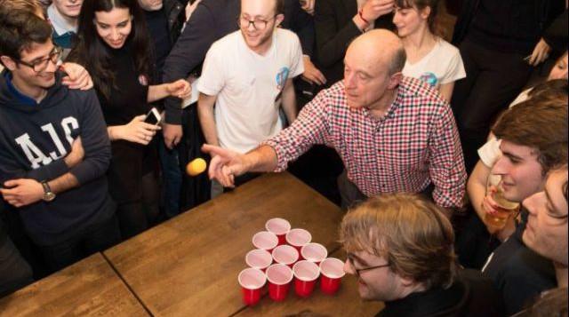 alain-juppe-beer-pong