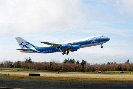 Boeing-747-8-freighter