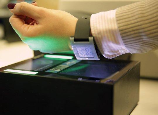 airberlin_boarding z zegarkiem smartwatch