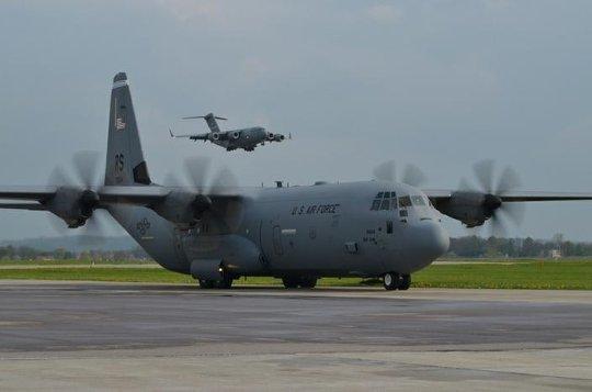 spadochroniarze-swidwin-c-17