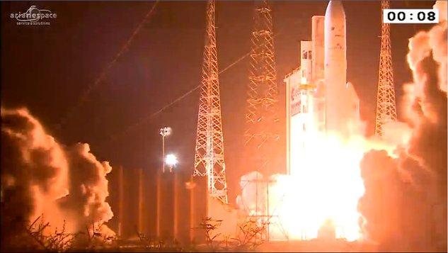 Ariane_5_liftoff_on_VA228_node_full_image_2