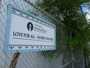A sign outside the mosque on Majuro emphasizes love and tolerance for all faiths. Photo: Jon Letman/Civil Beat