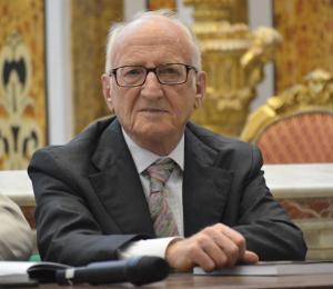 Sant'Antimo, avvocato Raffaele Flagiello; uno storico al servizio della città