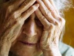 Rubava in casa di anziani addormentandoli con un potente sonnifero. Arrestata.