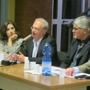 """Sant'Antimo, Pino Imperatore presenta """"Bentornati in casa Esposito"""""""