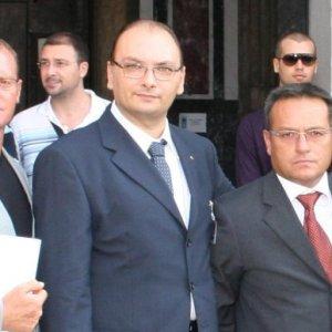 #fiumeinpiena; anche la DC con il presidente Alviti in piazza per protestare