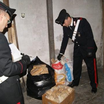 Pane avvelenato. Tremila chili di pane sequestrato e nove forni chiusi a Napoli e provincia