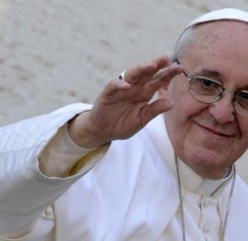 Terra dei fuochi, Papa Francesco telefona alla suora che gli spedì le foto dei bimbi morti di cancro