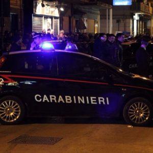Duplice omicidio nel napoletano. Ferite anche la moglie e la nipote di Casone. Indagano i carabinieri