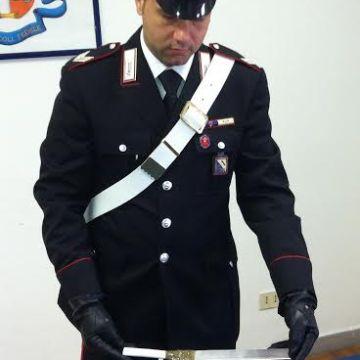 Rapinano 100 euro ad una commerciante cinese. Intercettati dai carabinieri sono stati tratti in arresto