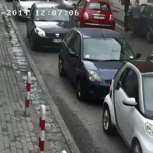 Torre del  Greco, ruba l'auto e tenta il cavallo di ritorno. La vittima denuncia e fa arrestare il rapinatore e la complice