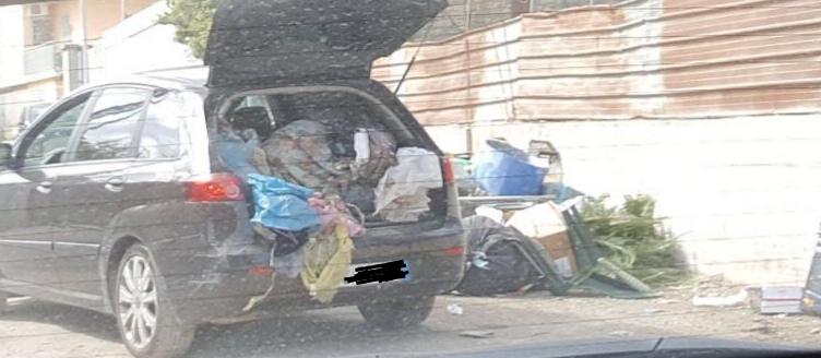 Sant'Antimo, abbandona spazzatura per strada. Identificato e sanzionato dalla Polizia Locale
