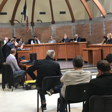 Casandrino, nove consiglieri mandano a casa il sindaco Sossio Chianese. Fine preannunciata. Pronti per tornare alle urne