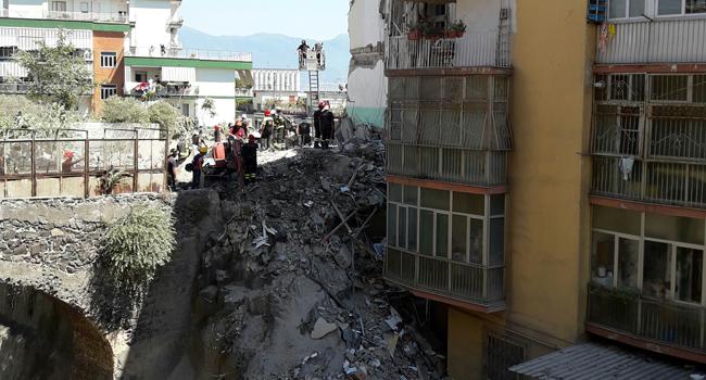 Torre Annunziata, crollo palazzo rampa Nunziante. Divieto di dimora per l'architetto Massimiliano Bonzani. Falsità in atto pubblico