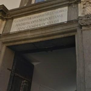 Chierici, sesso e chat per omosessuali. Ufficializzato il dossier presso la Curia di Napoli. Informati tutti i Vescovi