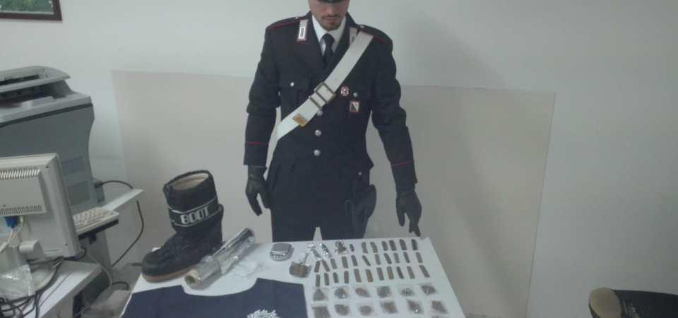 Frattamaggiore, arrestato in flagranza di spaccio. In sole 48 ore i carabinieri arrestano un altro pusher