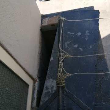 Frattamaggiore, droga nascosta in una botola sul balcone. 44enne denunciato