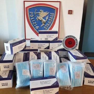 Coronavirus, 20 mila mascherine illegali sequestrate. Erano destinate ad un commerciante di Somma Vesuviana