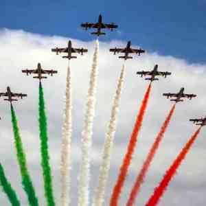 Frecce Tricolori: Giro d'Italia in occasione del 2 Giugno. Il 28 Maggio sorvolo su Napoli