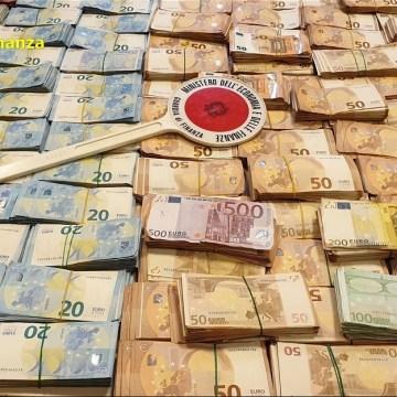 Napoli, operazione Buenaventura. Sgominate dalle fiamme gialle tre organizzazioni di narcotrafficanti