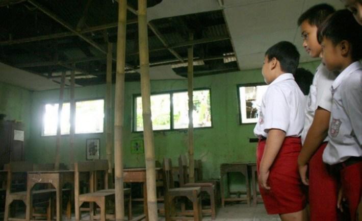 Sekolah Rusak