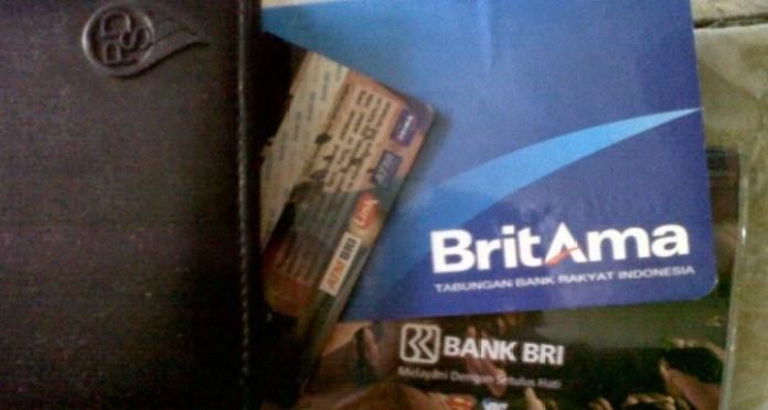 buku tabungan bank BRI britama