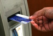 transaksi menggunakan kartu atm bank mandiri