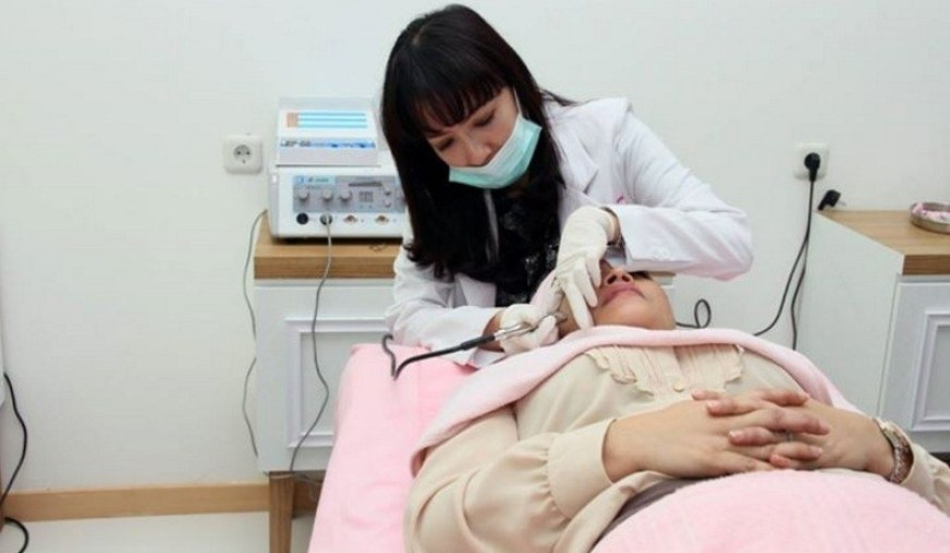 Bisnis Waralaba Klinik Kecantikan